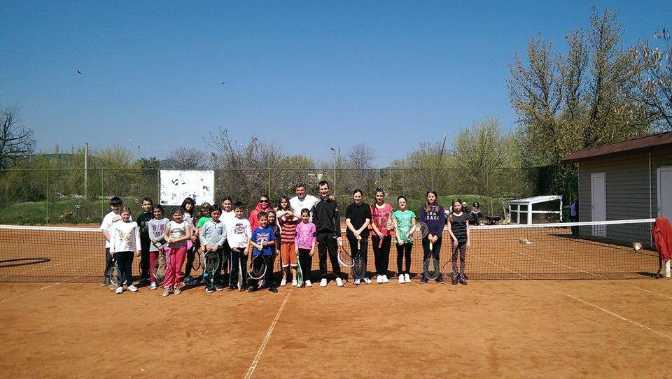 tenis_vakanciq3