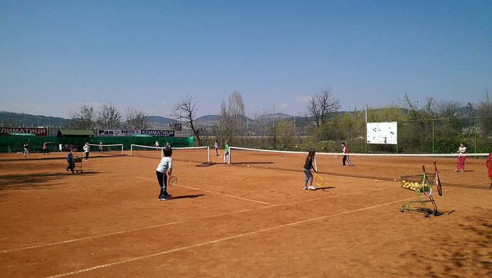 tenis_vakanciq4